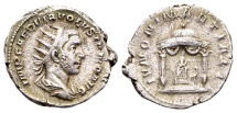 Ancient Coins - Volusian AD 251-253, AR Antoninianus (23mm, 4,93 g) Rome