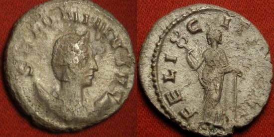 SALONINA AR silver antoninianus. FELICITAS PVBL, Felicitas leaning on column. R1
